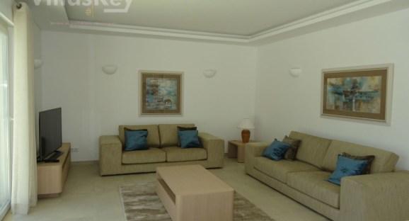 Lagos villa 1 bild 2